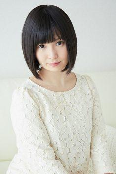 成田 咲歩()